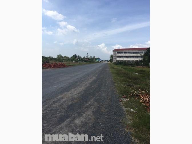 1,3 công mặt tiền tỉnh lộ 878,ấp 1, xã Tam Hiệp,Châu Thành.