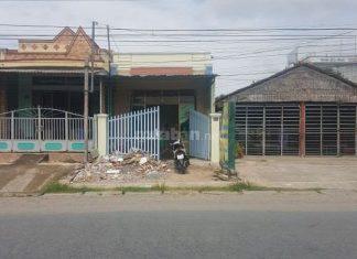 Bán đất và nhà cấp bốn MT Đường Phạm Hùng, Tp Mỹ Tho, Tiền Giang